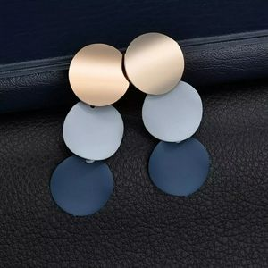 ROUND 3 DROP PLATE TRI-COLOR EARRINGZ